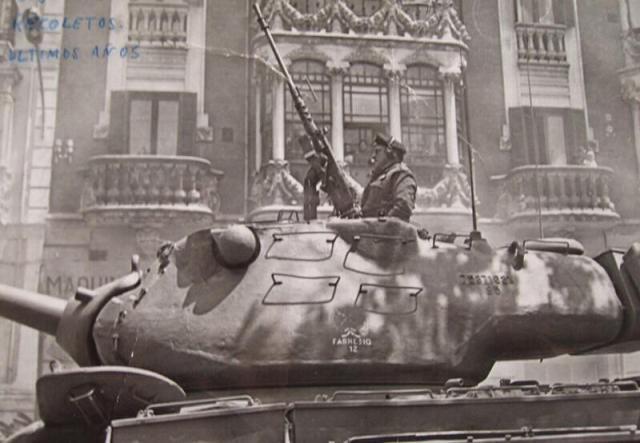 M-47 en la Acera de Recoletos