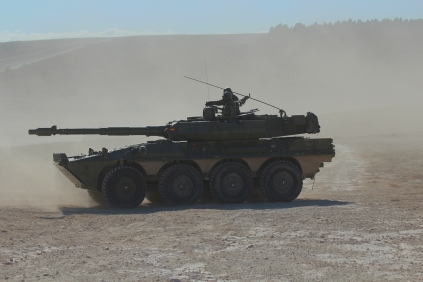 Vehículo de Reconocimiento y Combate de Caballería VRCC-105 Centauro. De fabricación italiana, los primeros ejemplares llegaron a España en el año 2000. © Carlos Molero