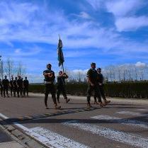 """El coronel del RC """"Farnesio"""" 12, Juan José Soto Rodríguez, encabeza el desfile del Regimiento."""
