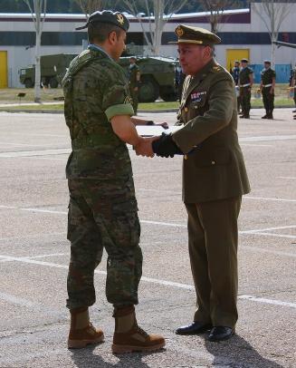 El coronel de Caballería en la reserva Juan Gallaro Campos es nombrado Lancero de Honor del RC Farnesio 12.