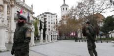 """2 de abril. Patrulla en la Plaza de la Universidad de Valladolid. © RC """"Farnesio"""" 12"""
