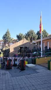"""4 de abril. Desinfección en el puesto de la Guardia Civil de Laguna de Duero (Valladolid). © RC """"Farnesio"""" 12"""