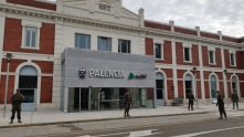 """9 de abril. Patrulla en la estación de trenes. Palencia. © RC """"Farnesio"""" 12"""